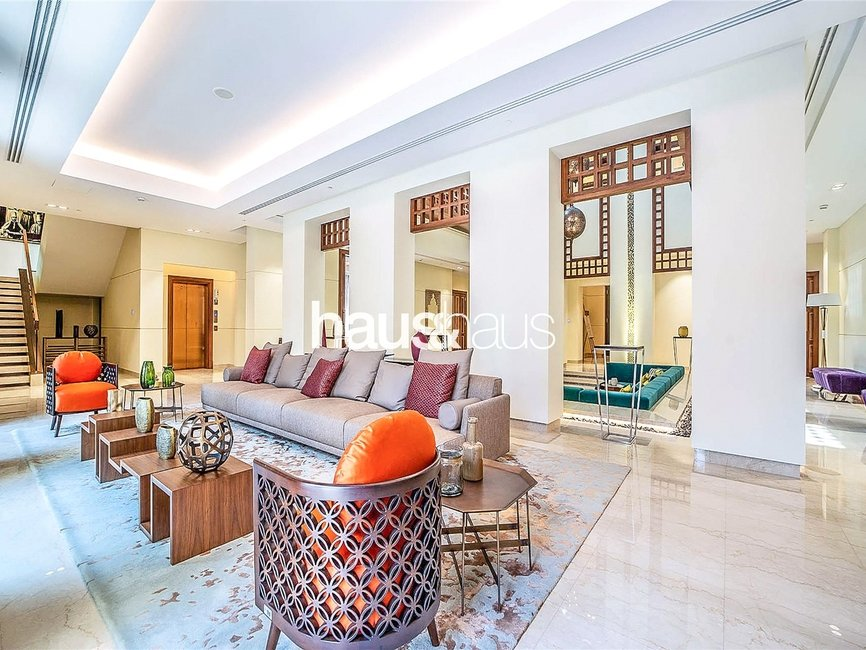 7 bedroom Villa for sale in District One Villas - view 4
