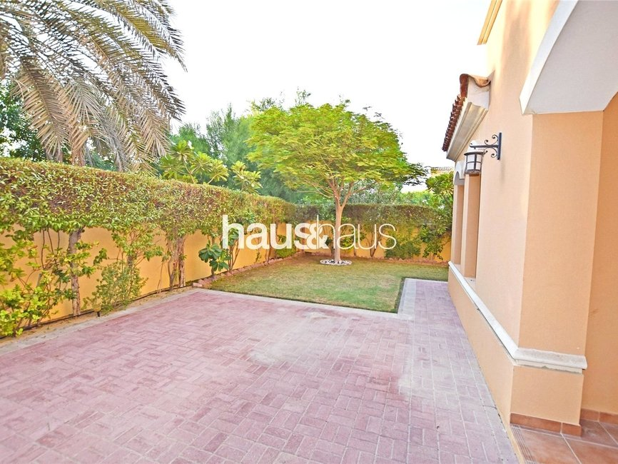 2 bedroom Villa for sale in Palmera 3 - view 1