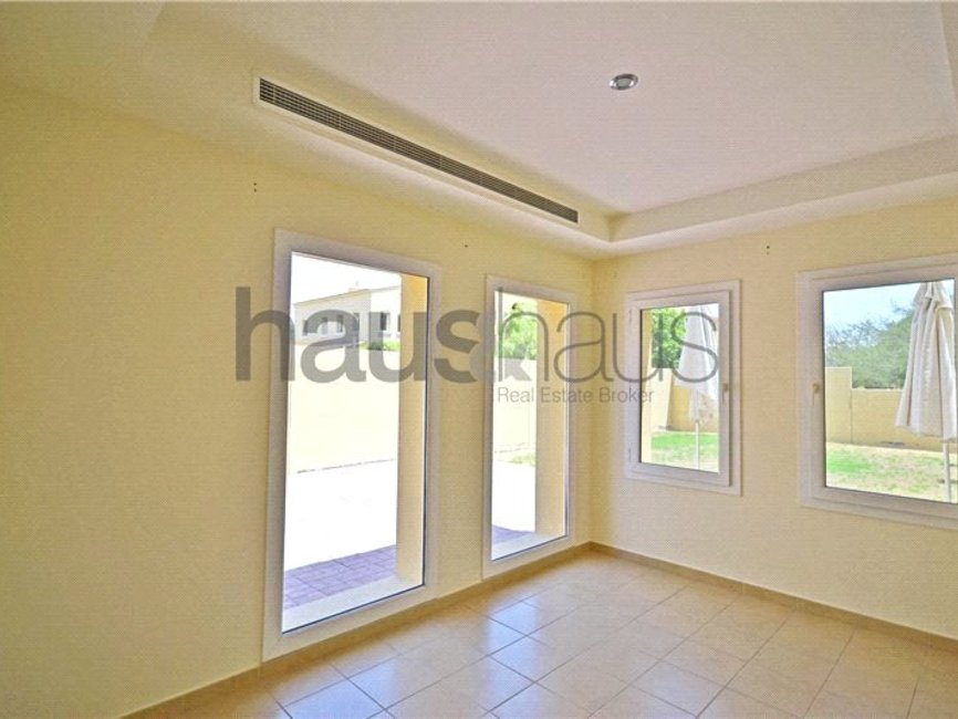 2 bedroom Villa for sale in Palmera 3 - view 16