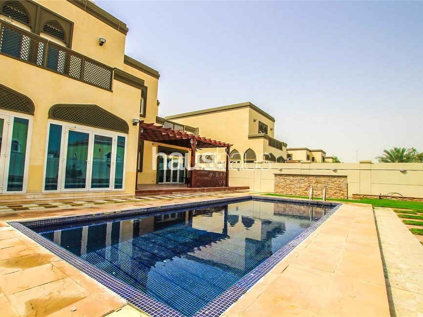 5 bedroom Villa for sale in Regional - view 1