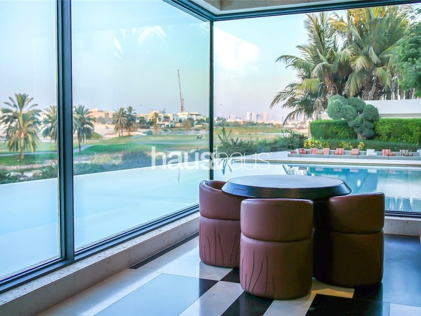 7 bedroom Villa for sale in Sector E - view 3