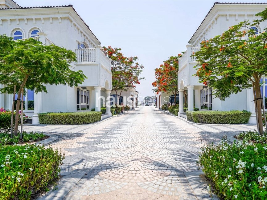 6 bedroom Villa for sale in Signature Villas Frond G - view 45