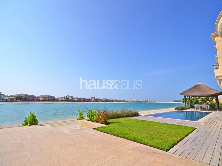 7 bedroom Villa for sale in Signature Villas Frond J - view 2