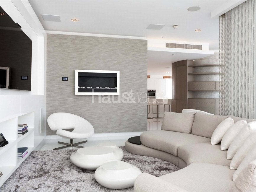 4 bedroom Apartment for rent in Burj Khalifa - view 2