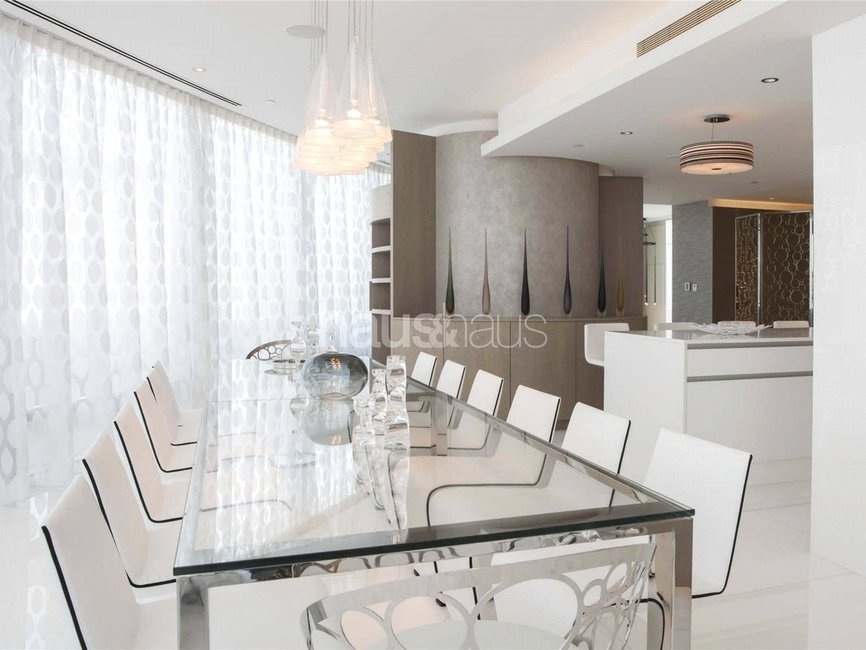 4 bedroom Apartment for rent in Burj Khalifa - view 7
