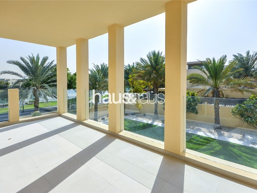 5 bedroom Villa for rent in Sector E - view 1