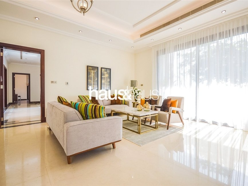 6 bedroom Villa for rent in Sector E - view 11